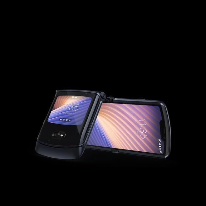 Motorola Razr 5G (2020) entro settembre a 1599€. Specifiche tecniche