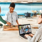 Microsoft, le nuove abitudini lavorative e di relazioni 'a distanza'