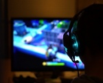 Kaspersky: lockdown, meno tempo a giocare al computer per i ragazzi