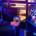 Asus ROG Strix XG17AHP, il monitor portatile per il gaming
