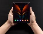 Galaxy Z Fold2 5G, il nuovo device Samsung con display flessibile di terza generazione