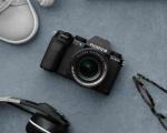 Fujifilm X-S10: la mirrorless piccola e compatta con prestazioni senior
