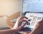 Agcom: scesi del 5,4% i ricavi dei settori regolati, ma è boom per la pubblicità online