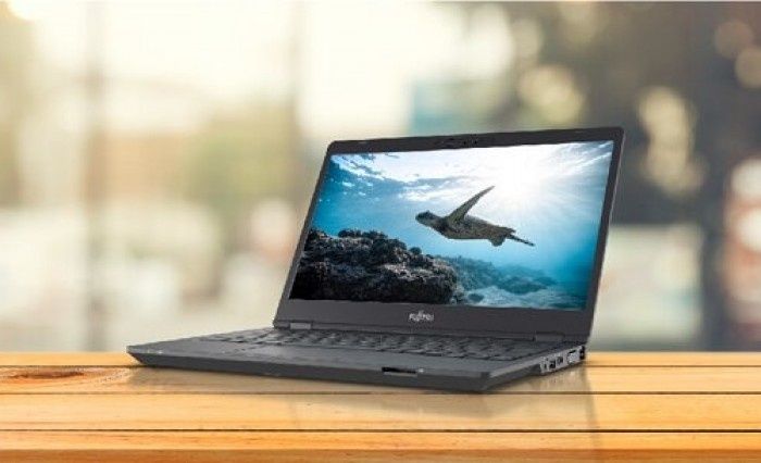 Fujitsu presenta le novità per la gamma Lifebook U7 e Lifebook E5