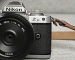 Nikon Z fc, la mirrorless dal design vintage disponibile dal 28 luglio