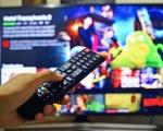 Italiani e pandemia: 8 ore al giorno passate tra streaming o TV