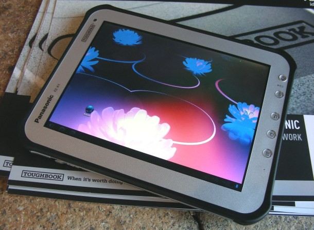panasonic-toughpad-fz-a1-tablet-professionale-con--2.jpg