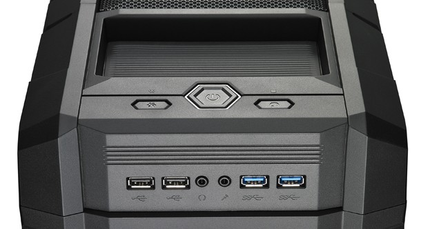 cooler-master-haf-xm-gaming-formato-middle-tower-4.jpg