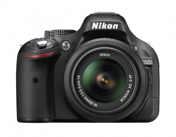 nikon-d5200-24-milioni-di-pixel-video-full-hd-e-mo-1.jpg