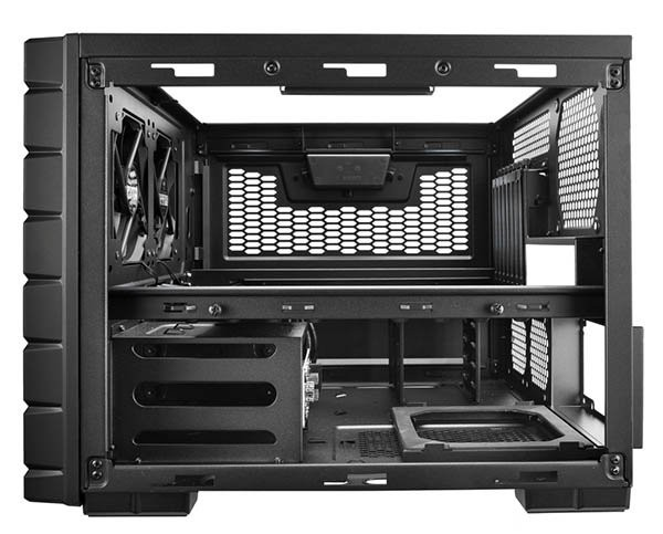cooler-master-haf-xb-il-case-multifunzionale-3.jpg