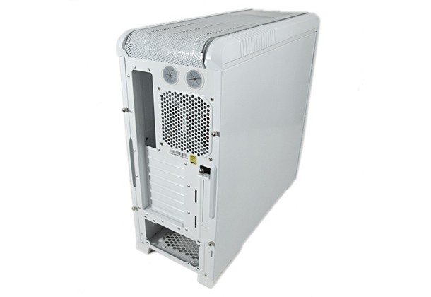 cooler-master-cm-690-ii-advanced-white-1.jpg
